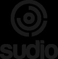 Sudioとは? スウェーデン・ストックホルム発のオーディオ機器メーカー。エレガントで機能的な北欧デザインと、ス タジオクオリティのサウンドを兼ね備えた高品質のオーディオ機器で知られています。 ワイヤレスイヤホンのイメージを覆す、クリアな高音質とロゴをシンプルに活かしたデザイン特徴。